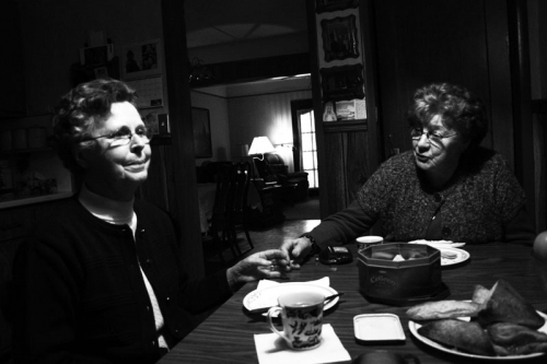 older people dinning