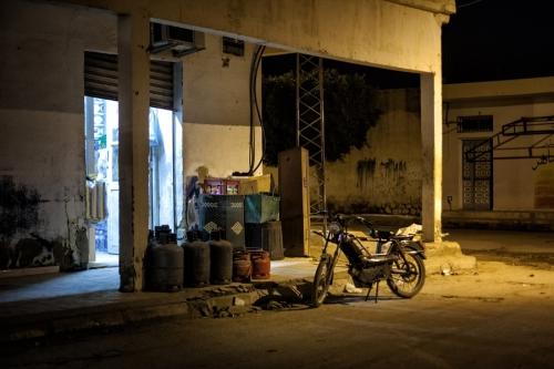 22. Late open shop in Regueb
