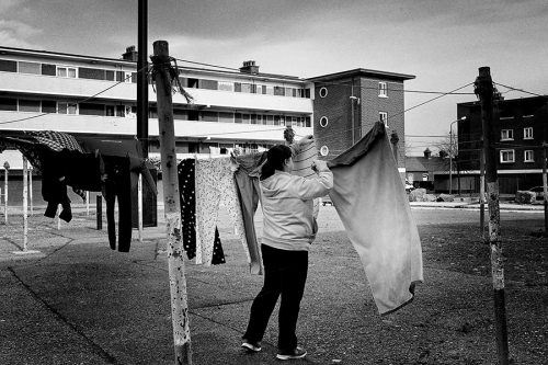 6.-Local-resident-drying-her-loundry