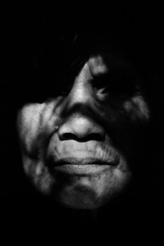 014. Matses woman portrait