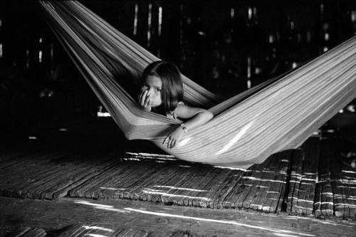 018. Matses girl in the hammock